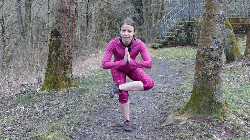 Dehnen Laufen Yoga Piriformis Stretch / Stehende Taube