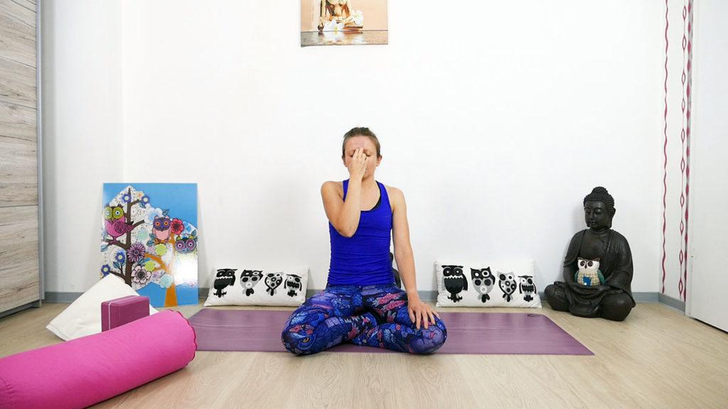 Yin Yoga für das Dritte Auge Chakra - Nadi Shodana