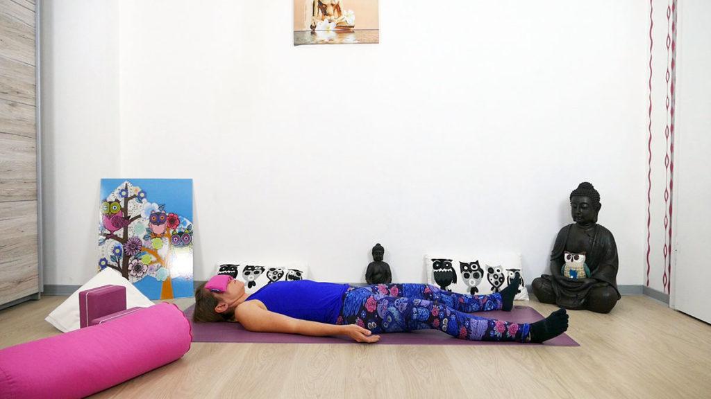 Yin Yoga für das Dritte Auge Chakra - Savasana