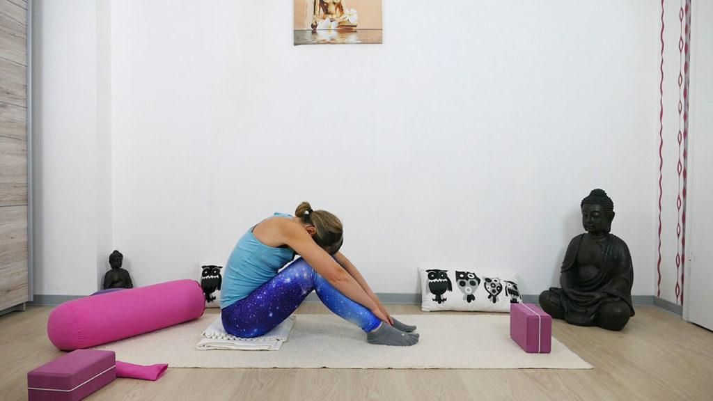 Yin Yoga für besseren Schlaf - Kutschersitz