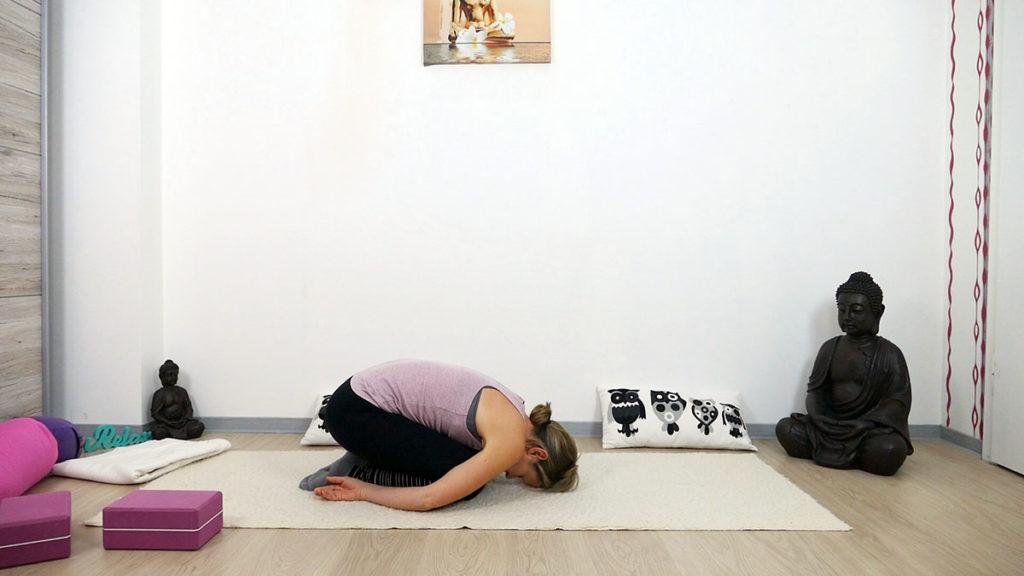 Yin Yoga am Morgen: Ankommen im Kind