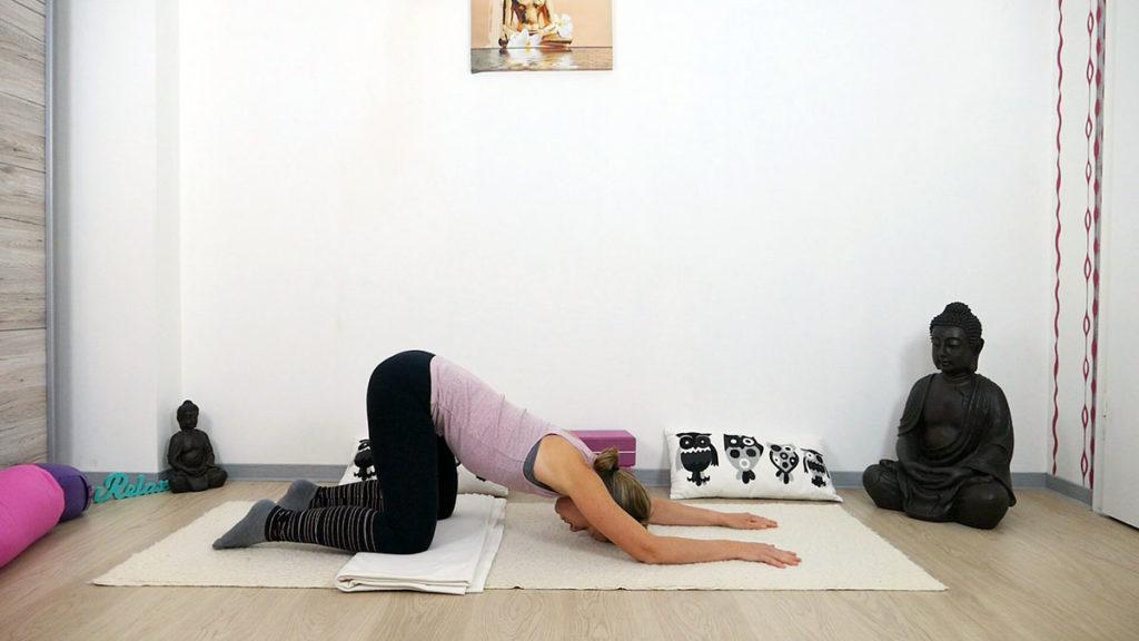 Yin Yoga am Morgen: Öffnende Herzstellung