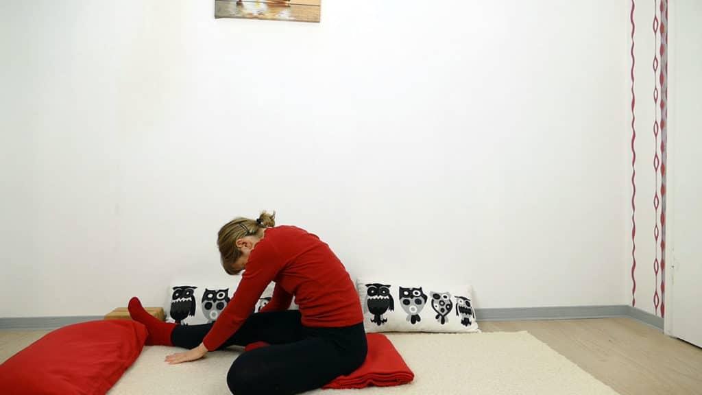 halber Schmetterling - Yin Yoga Wurzelchakra Muladhara