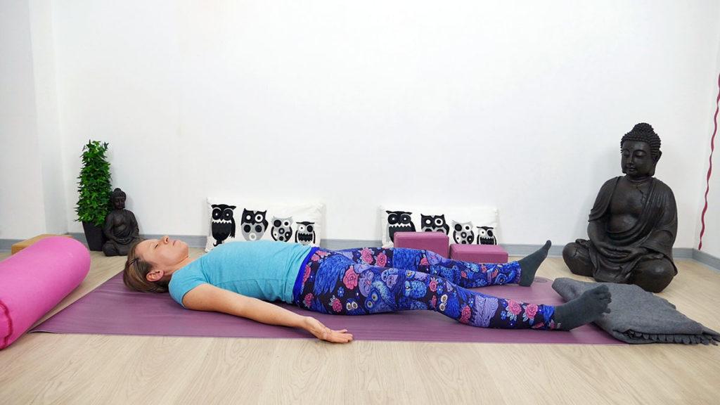 Yin Yoga für Piriformis: Savasana