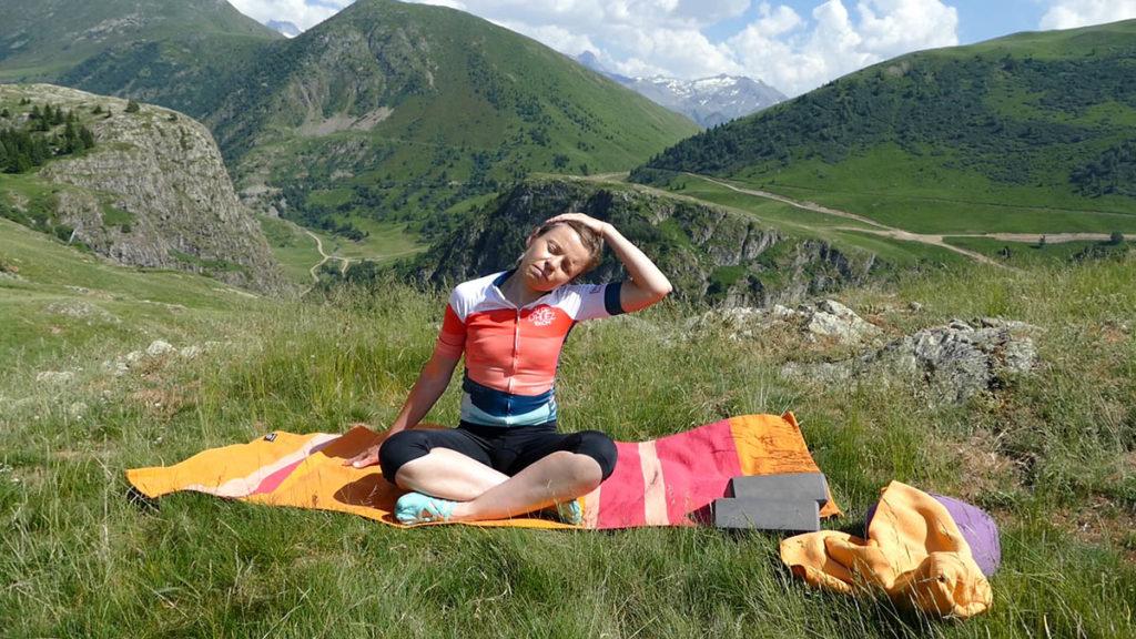 Yin Yoga für Radfahrer: Nackendehnung