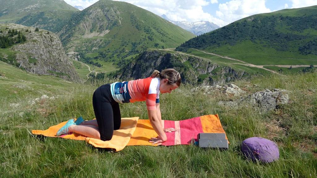 Yin Yoga für Radfahrer: Handgelenke dehnen
