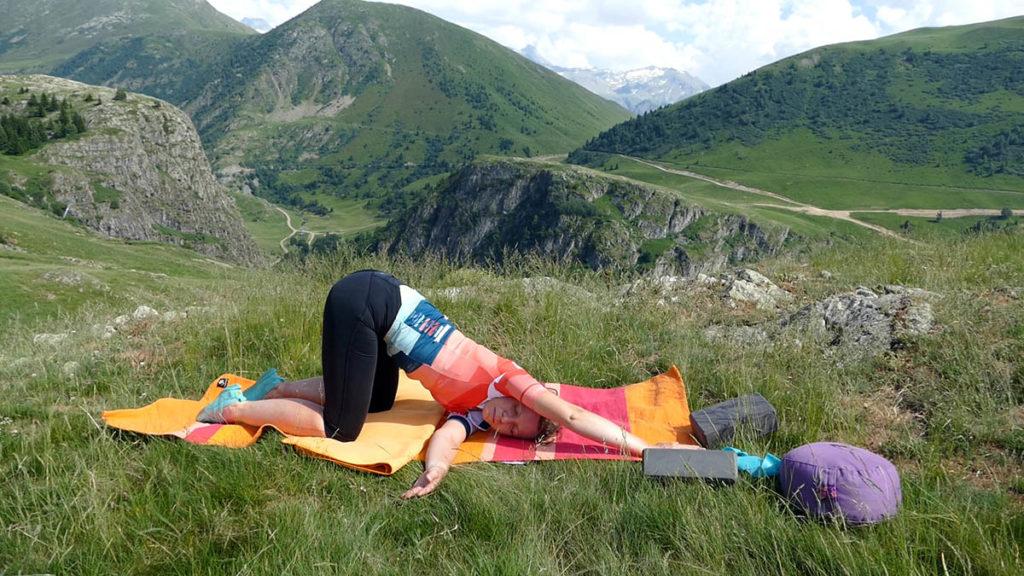 Yin Yoga für Radfahrer: Öffnende Herzstellung mit Twist