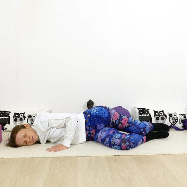 Yin Yoga für Schultern und Nacken - Offene Flügel - Open Wings