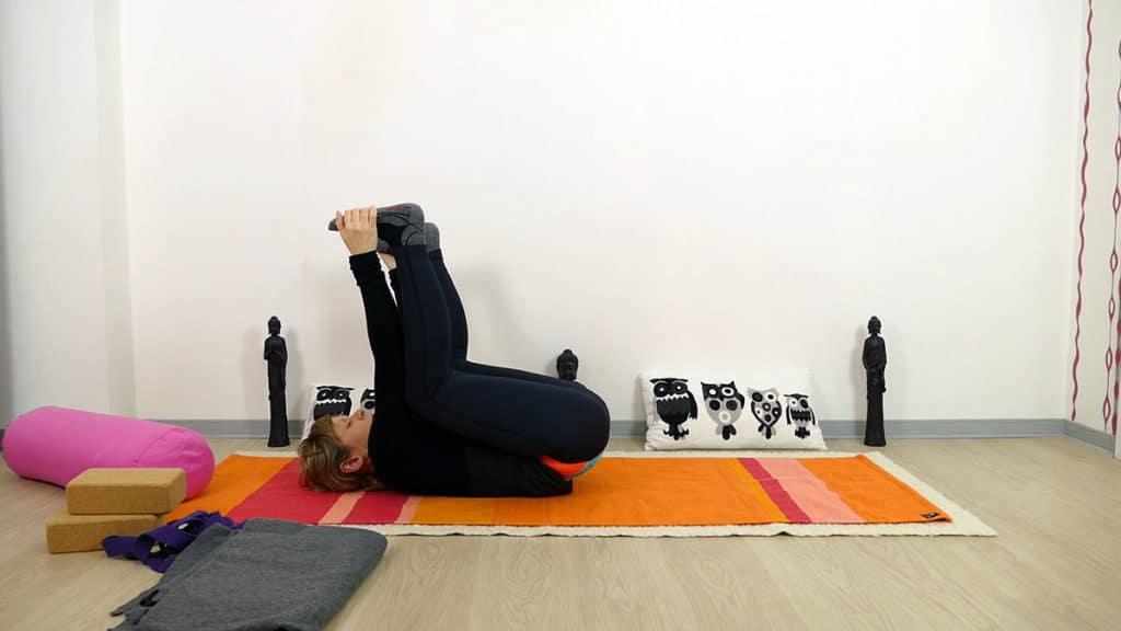 Happy Baby - Yin Yoga Sakralchakra Swadhisthana