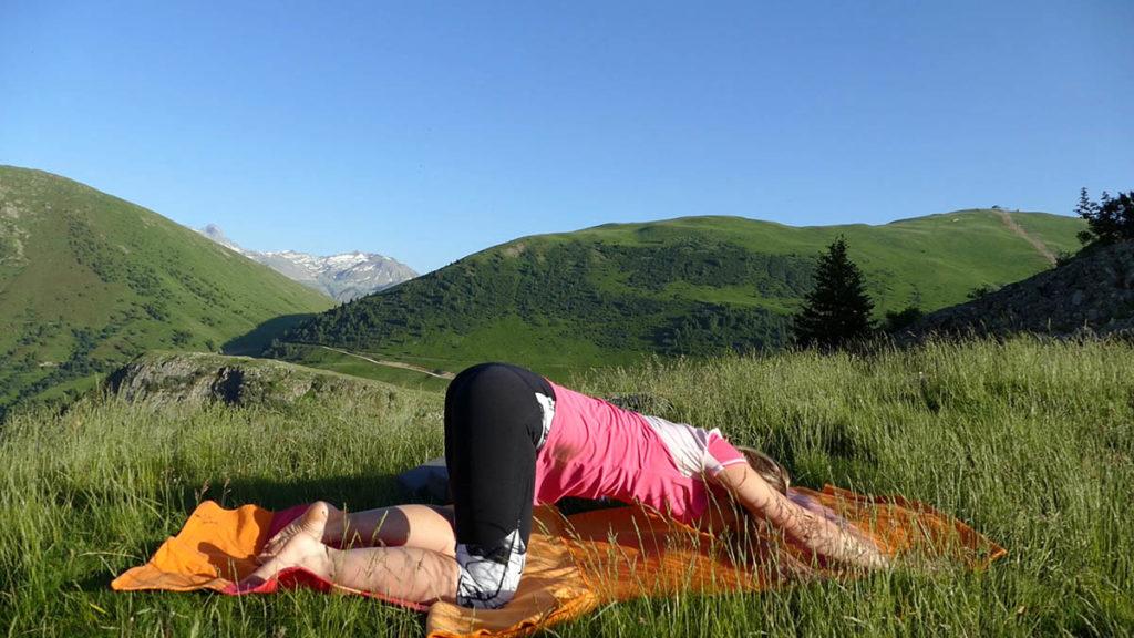 Yin Yoga für Trailrunner & Bergwanderer: Öffnende Herzstellung