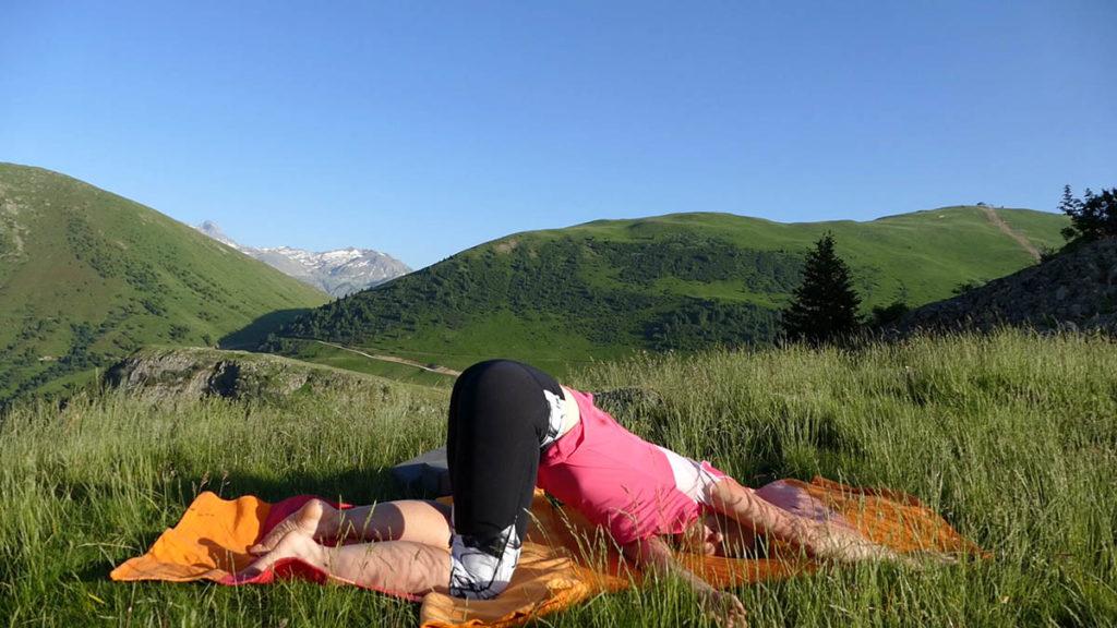 Yin Yoga für Trailrunner & Bergwanderer: Öffnende Herzstellung mit Twist