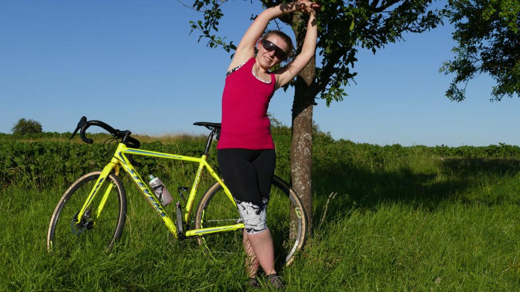Yoga für Radfahrer Dehnen - Seitliche Dehnung
