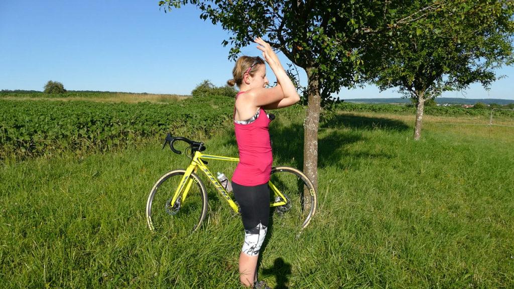 Yoga für Radfahrer Dehnen Adlerarme